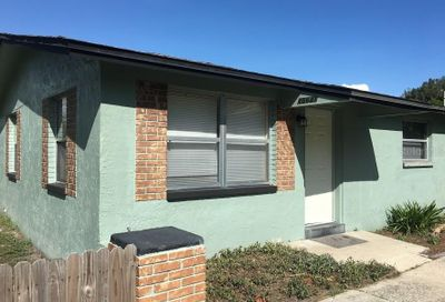 15641 Westminister Avenue Clearwater FL 33760