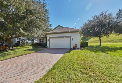 2431 Caledonian Street Clermont FL 34711