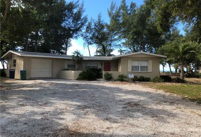 5102 5th Avenue Holmes Beach FL 34217