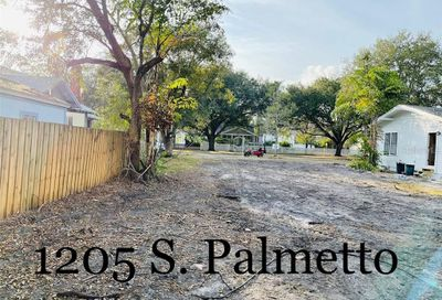 1205 S Palmetto Avenue Sanford FL 32771