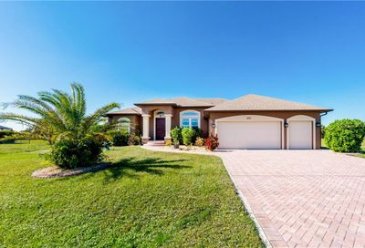 221 W Pine Valley Lane Rotonda West FL 33947