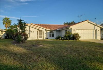 38 Broadmoor Lane Rotonda West FL 33947