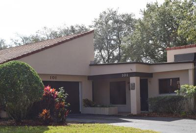 101 Granada Court N Plant City FL 33566