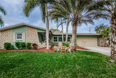 1348 Ranchwood Drive Clearwater FL 33764
