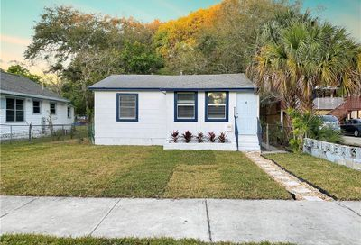 1519 13th Street S St Petersburg FL 33705