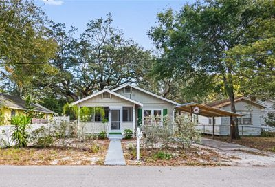 624 N Grosse Avenue Tarpon Springs FL 34689