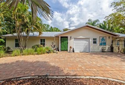 1503 E Bay Road W Sarasota FL 34239