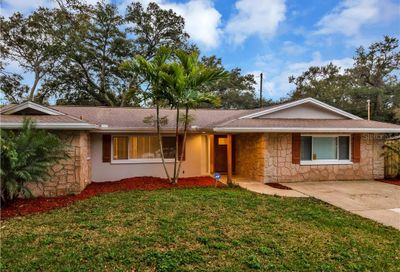 9996 56th Place N St Petersburg FL 33708