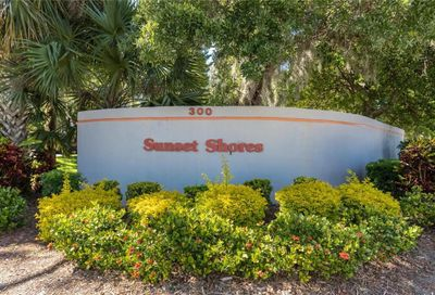 300 S Florida Avenue Tarpon Springs FL 34689