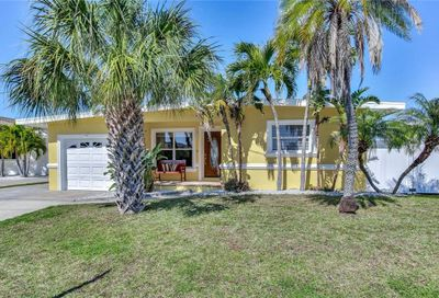 16135 4th Street E Redington Beach FL 33708
