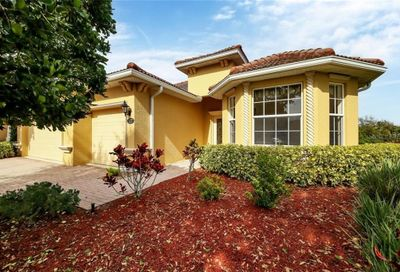 527 Grand Preserve Cove Bradenton FL 34212