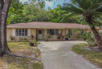 12 S Arcturas Avenue Clearwater FL 33765
