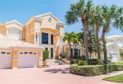 807 Harbor Island Clearwater Beach FL 33767