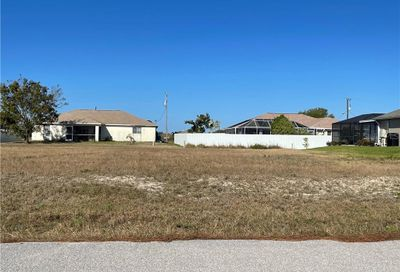 2204 NW 16th Place Cape Coral FL 33993