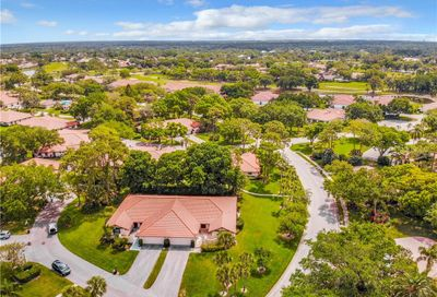 5489 Golf Pointe Drive Sarasota FL 34243