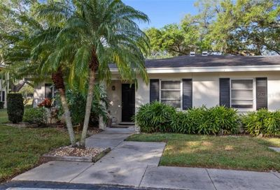 7820 Palm Aire Lane Sarasota FL 34243