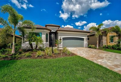 17601 Hickok Belt Loop Lakewood Ranch FL 34211