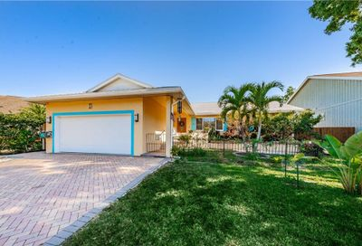 417 Manor Boulevard Palm Harbor FL 34683
