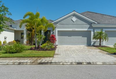 2957 Trustee Avenue Sarasota FL 34243