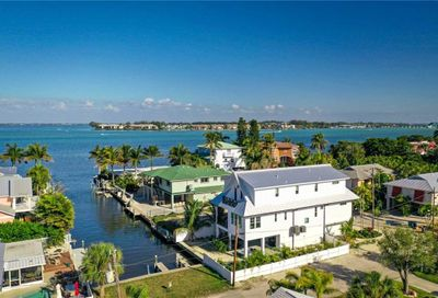 401 20th Place Bradenton Beach FL 34217