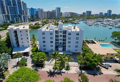 650 Golden Gate Point Sarasota FL 34236