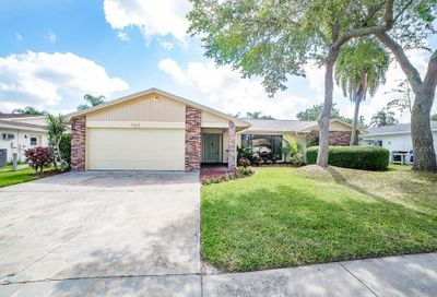 1916 Seagull Drive Clearwater FL 33764