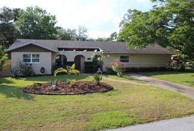 2120 The Crescent Clermont FL 34711