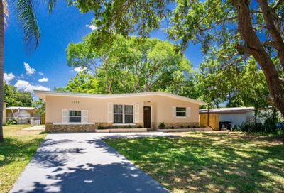 1252 Pineview Avenue Clearwater FL 33756