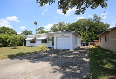 1668 Rainbow Dr. Drive Clearwater FL 33755