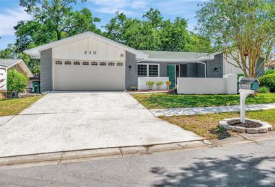 210 Meadowcross Drive Safety Harbor FL 34695