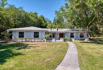 2450 Chase Circle Clearwater FL 33764