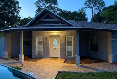 8215 Sunny Vale Place Tampa FL 33615