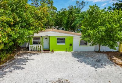 1106 Philippe Parkway Safety Harbor FL 34695