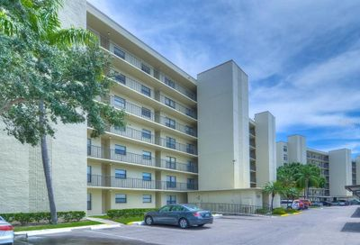 1000 Cove Cay Drive Clearwater FL 33760