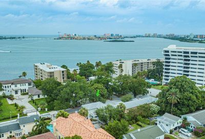 607 Lime Avenue Clearwater FL 33756