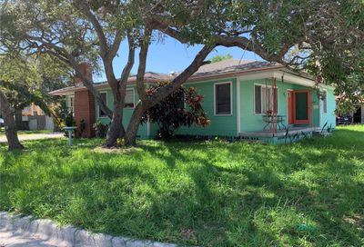 214 S Highland Avenue Clearwater FL 33755