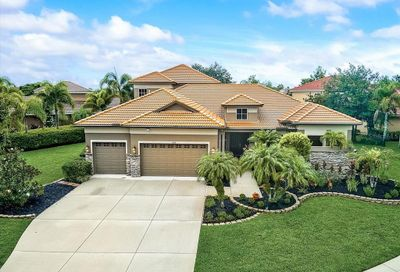 6614 Coopers Hawk Court Lakewood Ranch FL 34202