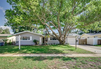 1637 Leisure Drive Clearwater FL 33756