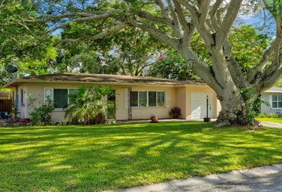 1579 Magnolia Drive Clearwater FL 33756