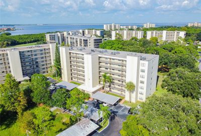 800 Cove Cay Drive Clearwater FL 33760