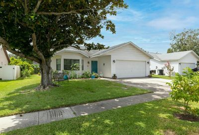 1885 Feather Tree Circle Clearwater FL 33765