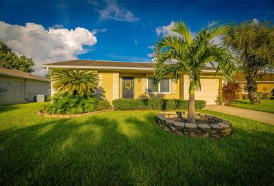 10621 42nd Court N Clearwater FL 33762