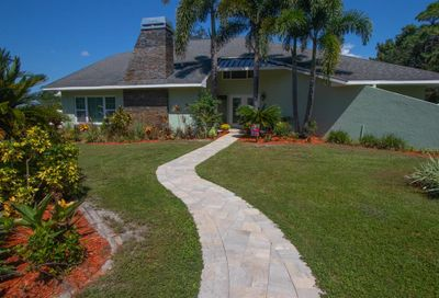 2488 Lancaster Drive Clearwater FL 33764