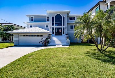 227 Bayside Drive Clearwater FL 33767