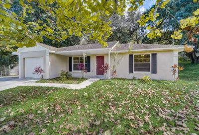 723 Shady Nook Drive Clermont FL 34711