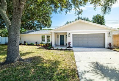 2445 Old Coach Trail Clearwater FL 33765