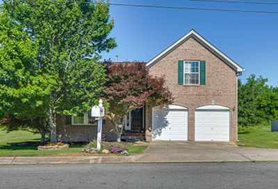 2702 Paradise Dr Spring Hill TN 37174