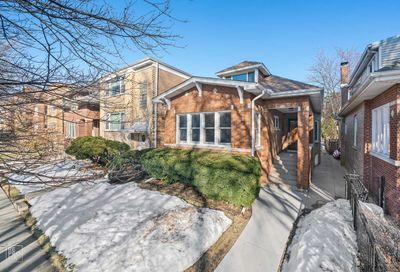 5731 N Rockwell Street Chicago IL 60659