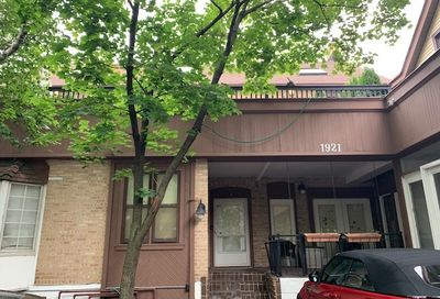 1921 N Kenmore Avenue Chicago IL 60614