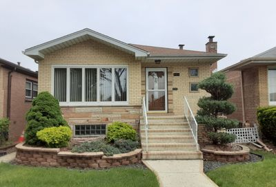 6105 W 63rd Place Chicago IL 60638
